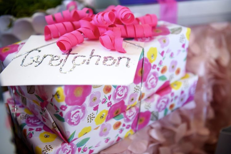 girl baby shower - how to plan 20
