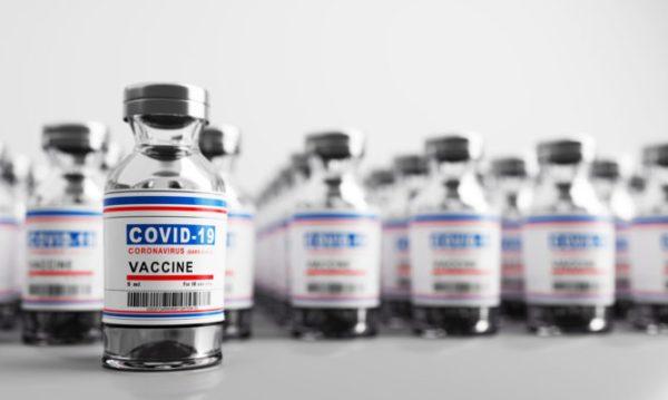 Κορωνοϊός Εμβόλιο: Τι παρενέργειες ανέφεραν 650.000 άνθρωποι στο Ισραήλ