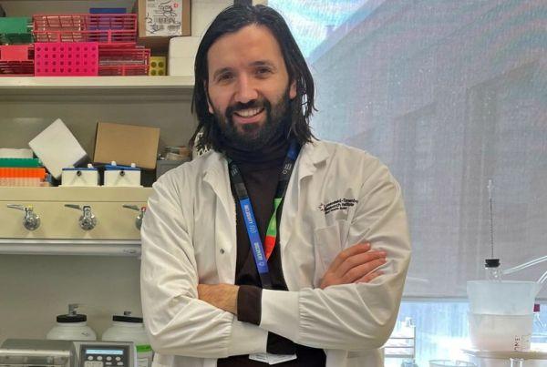 Yiannis Prassas Scientist/Molecular Biologist at Department of Pathology στο Mount Sinai Hospital, Toronto