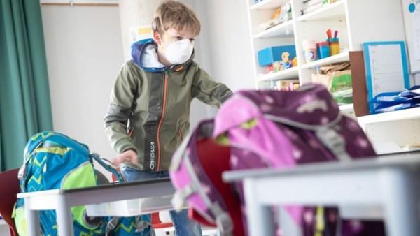 Κορωνοϊός: Τι προτείνουν Αμερικανοί επιστήμονες για το ασφαλέστερο άνοιγμα των σχολείων