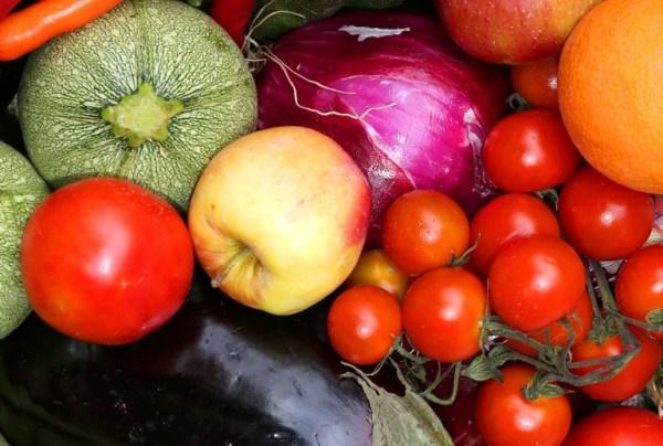 Τα αντι-θρεπτικά συστατικά των τροφίμων και ιδιαίτερα στα φυτικά υπάρχουν φυσιολογικά και συστατικά που αντιδρούν στην απορρόφηση των χρησίμων συστατικών και γιαυτό ονομάζονται αντι-θρεπτικά συστατικά.