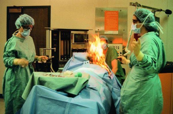 Ρουμανία: Ασθενής έπιασε φωτιά κατά τη διάρκεια χειρουργικής επέμβασης
