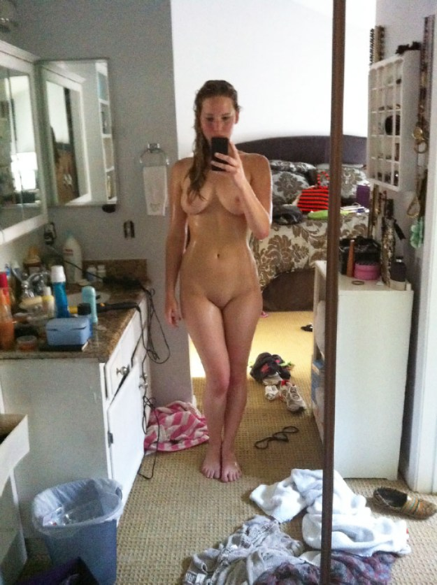 Jennifer Lawrence nude photos and sex tape leaked from hacked iCloud The Fappening