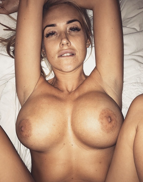 Glamour Model Lucie Brooks Nude Leaked Selfies Only Fans