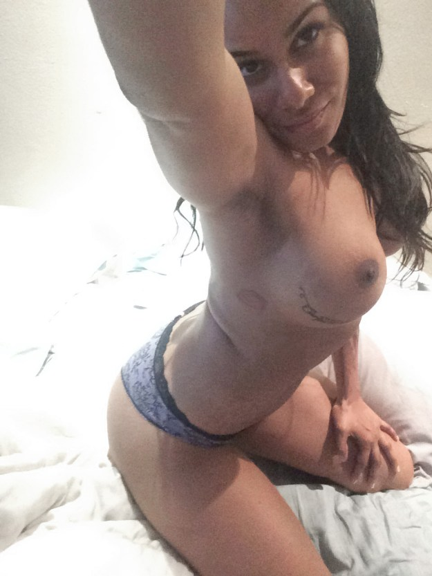 Black ho Emmaly Lugo nude photos leaked from hacked iCloud by the Fappening 2018
