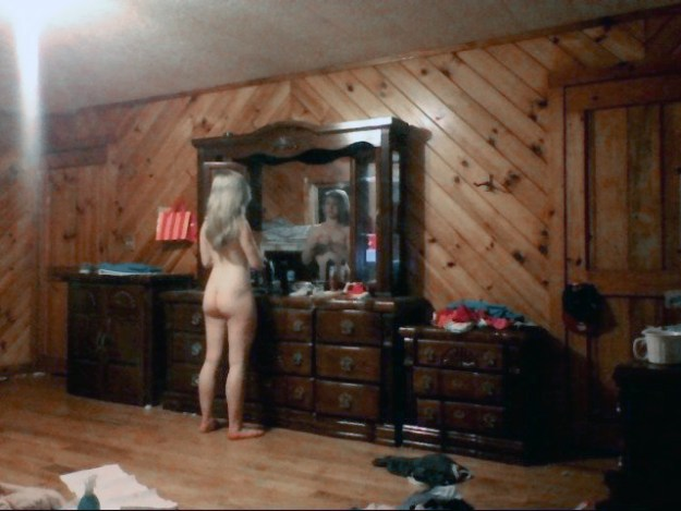 Harry Potter actress Evanna Lynch nude photos leaked The Fappening