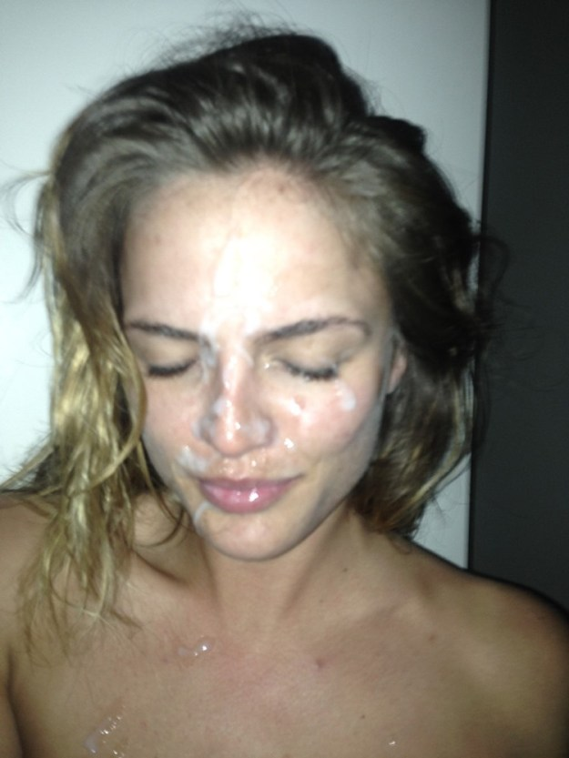 The Voice contestant Kelsey Laverack facial cumshot photo leaked from iCloud