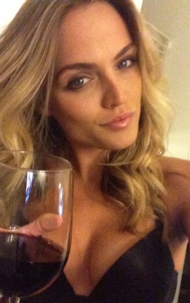 The Voice contestant Kelsey Ray nude photos leaked from iCloud