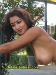 Shreya Ghoshal Boobs