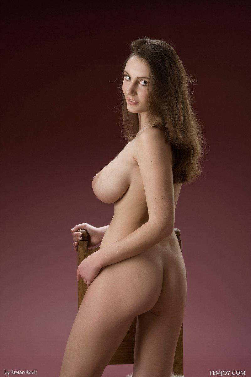tall nude women tumblr