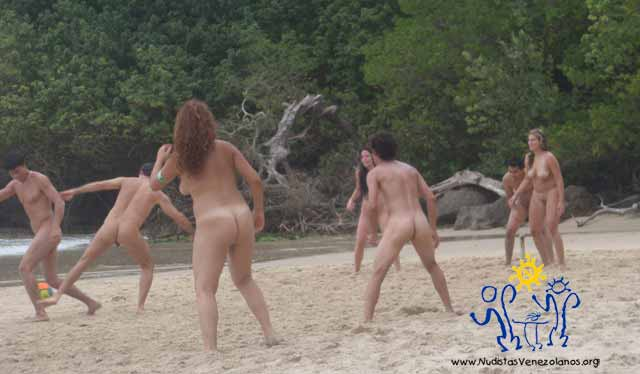 Jóvenes Nudistas Venezolanos