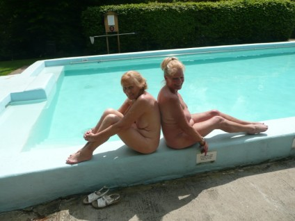 Naturists at Fiveacres