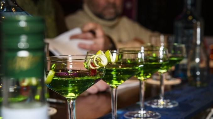 rote bar_nürnberg_cocktail_fairytoyl_gelbes haus_bar_