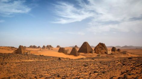 160121152053_piramide_sudan2_640x360_viviencumming_nocredit