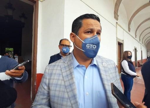 Gobierno estatal y federal toman seguridad pública de Santa Cruz de Juventino Rosas