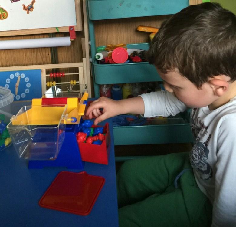 bascula infantil Learning Resources con ositos contadores