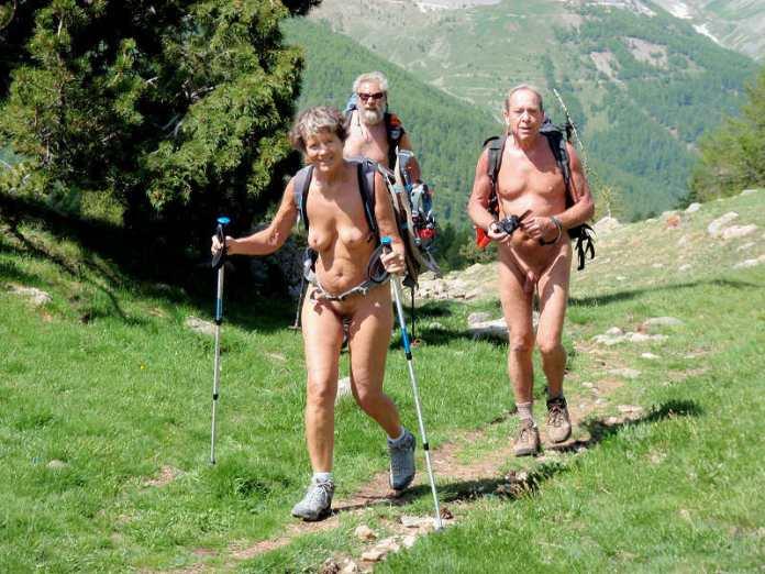 Le Naked European Walking Tour 2013 en video