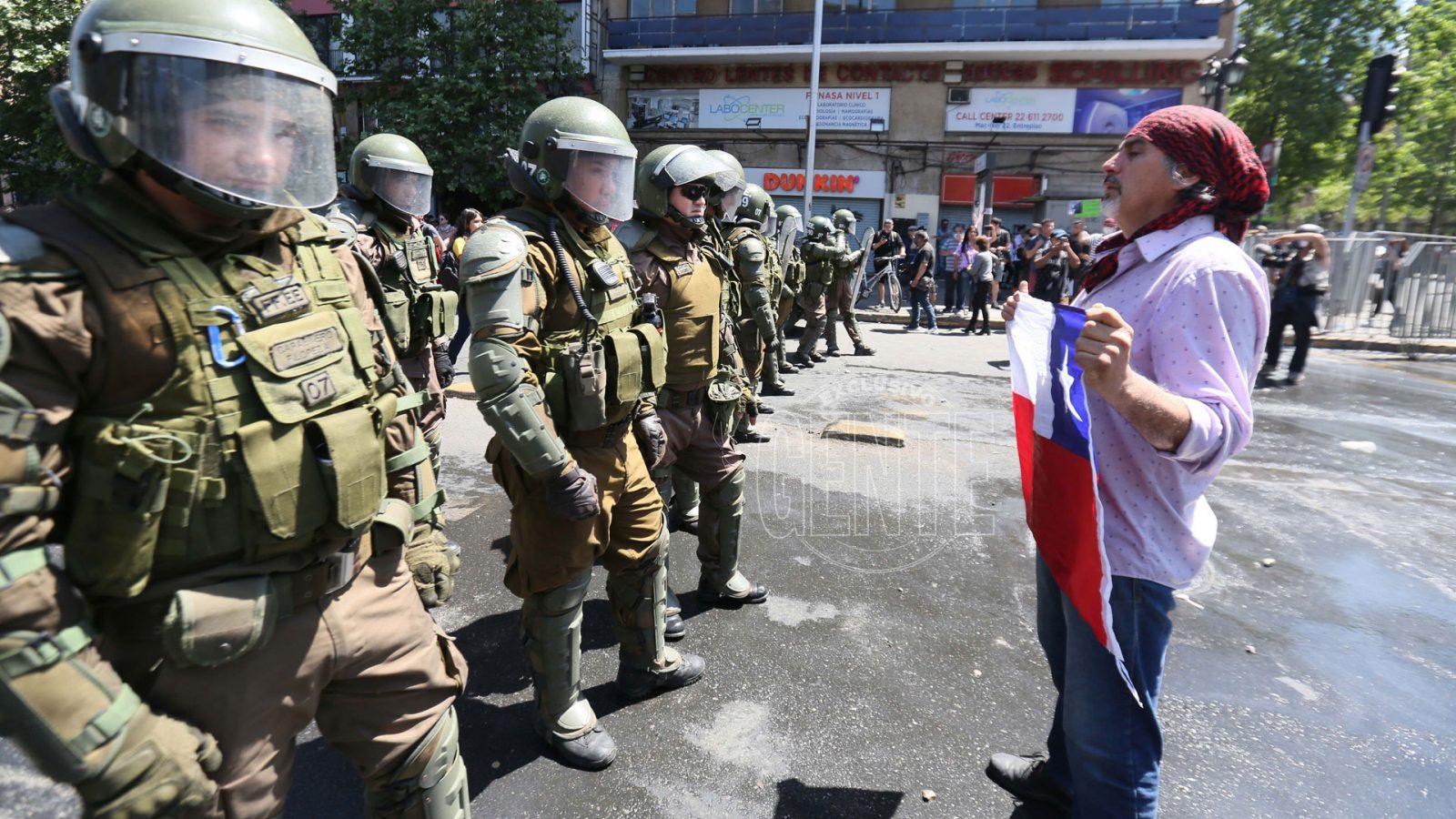 Concepción: reprimen a vendedores ambulantes