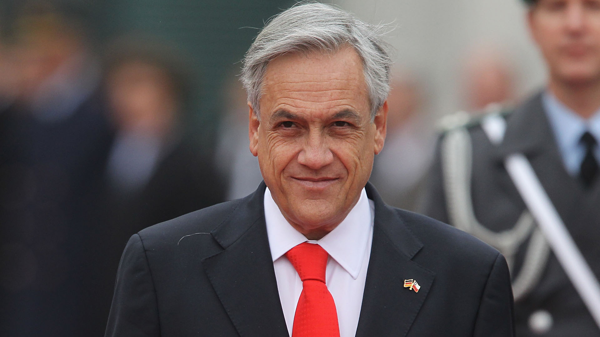 Confirmado: en el funeral del obispo Piñera no se respetaron los protocolos