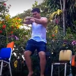 erik Dominicanos y el baile del caballo [videos]