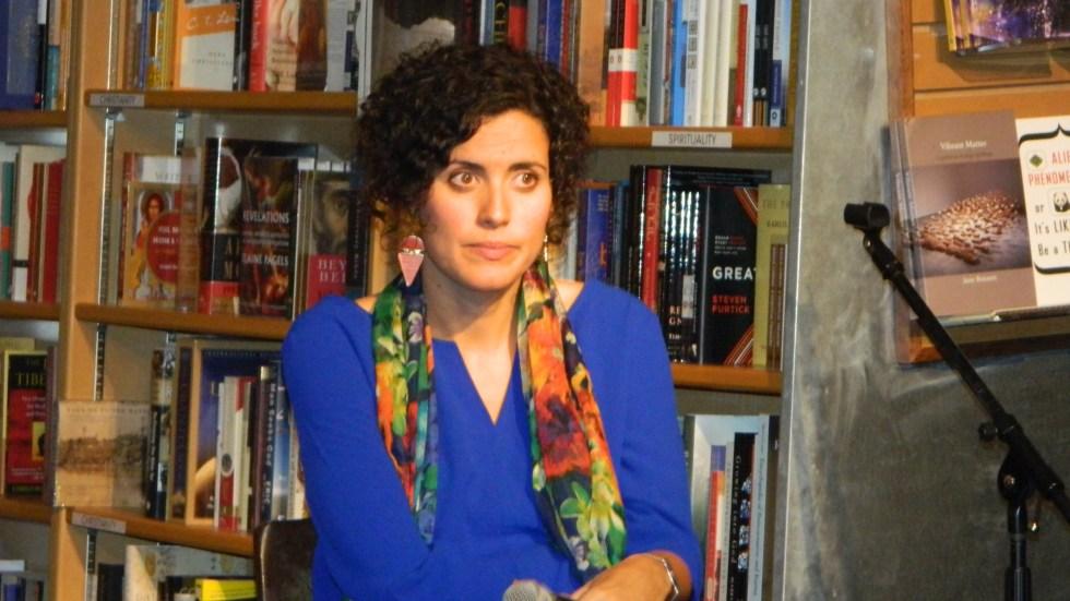 Ana Fuentes periodista española candidata al premio literario por su libro Cuando los chinos hablan