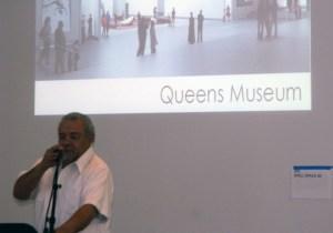 Poeta Papoleto en presentación en el Small Press Book Fair en el Museo de Queens- Foto Nueva York Digital