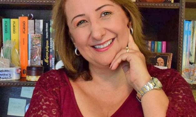 Isabel Acuña, novelas de amor en la red