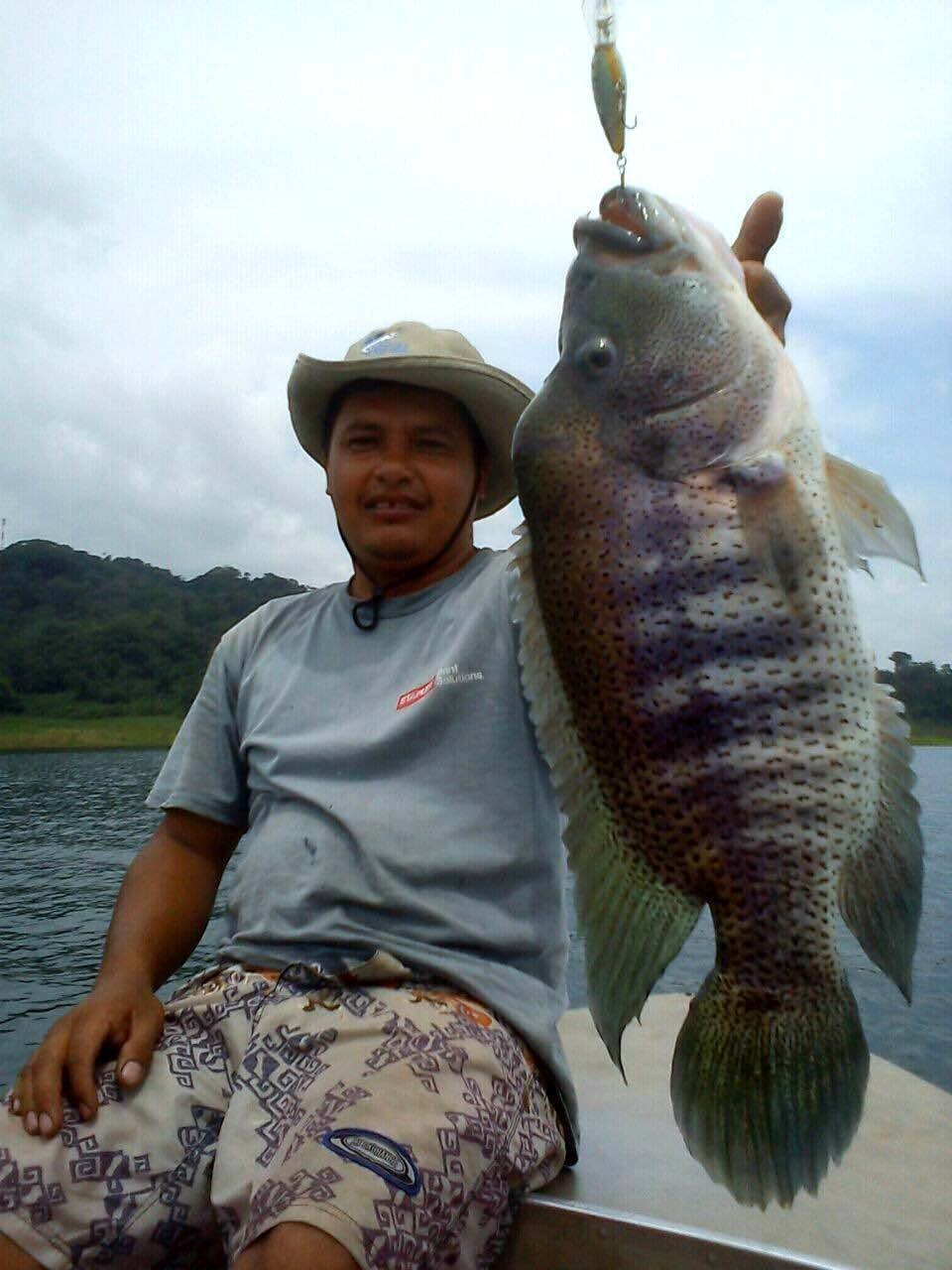 Henry with another large Lake Coter Guapote