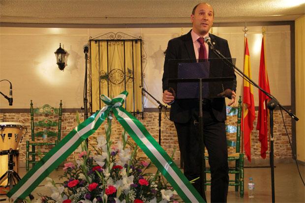 Un instante de la intervención del presidente de la Casa de Andalucía, Pedro Pablo Caballero
