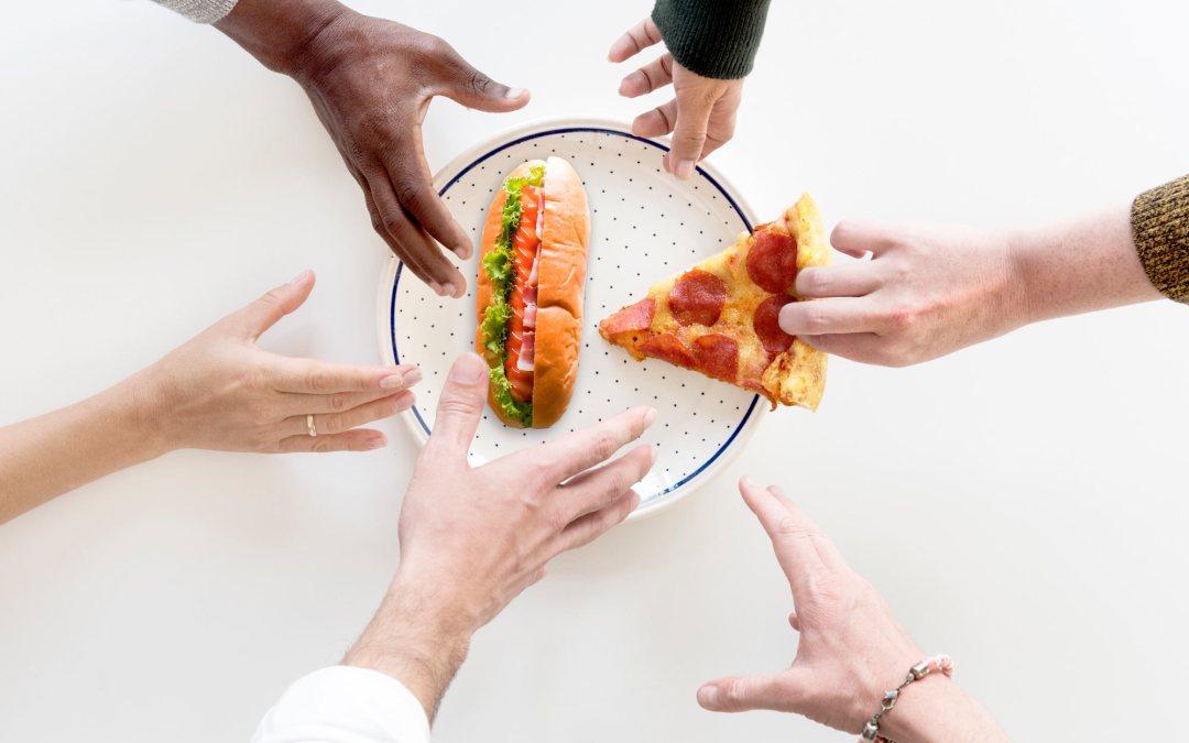 No podemos vivir a pizza, carne, pasta y embutidos