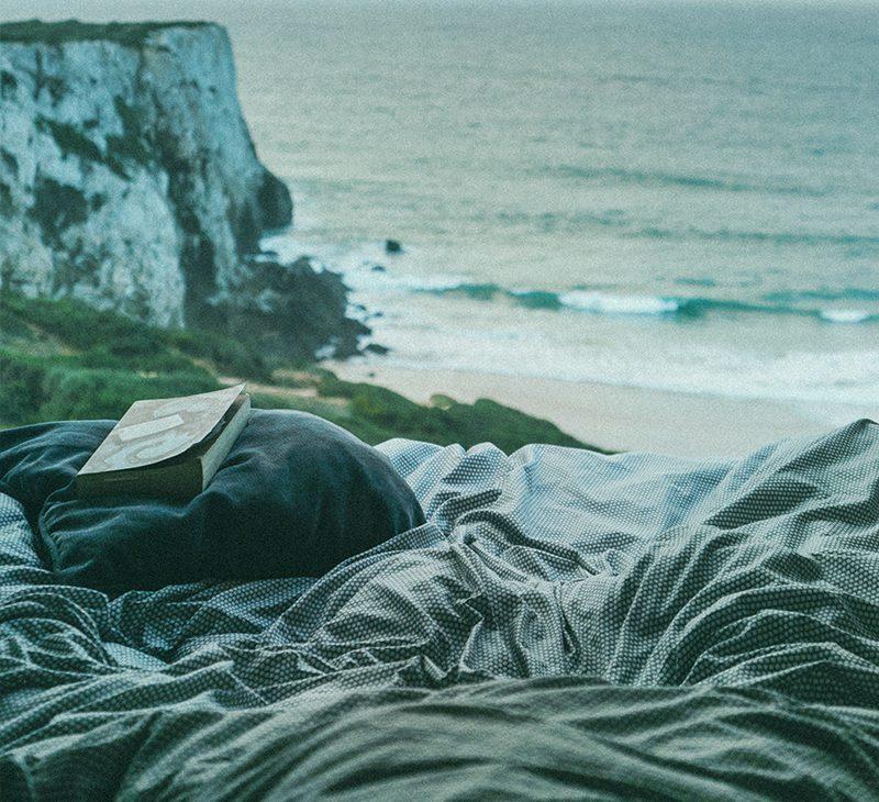 beach mountain blanket brand hero-affiliate lifestyle