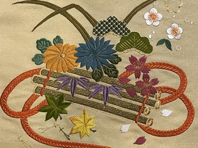 日本刺繍、加賀繍の花筏の完成