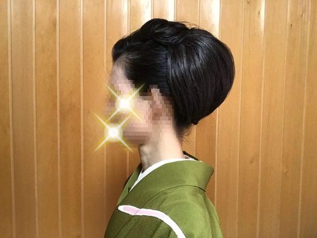 「自分で出来る和髪・着物簡単セルフヘアアレンジ」ウイッグ2個使いのセルフヘアアレンジ・左側