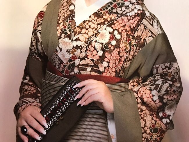 ikkoさんの辻が花と無地の着物を1枚に仕立てた着物