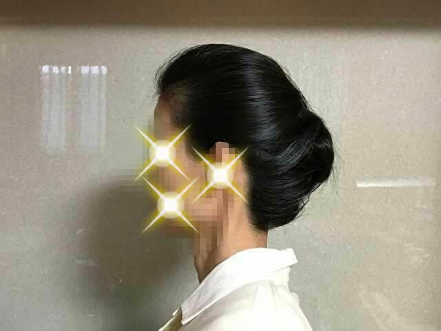 着物の髪型 40代50代 自分で10分で簡単に出来るアレンジ方法  丸めた毛先を根元に差し込む