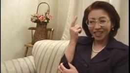 宮下真紀子 禁断の五十路母親近親相姦