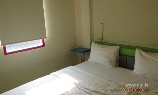 King Size Bedroom Hotel POP Jogja
