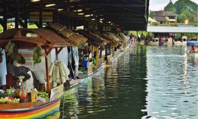 Nikmati Liburan Seru ke Floating Market Lembang dengan Traveloka Xperience - Floating Market Lembang