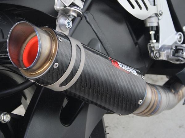 Pertolongan Pertama Pada Luka Bakar Terkena Knalpot - Knalpot Motor
