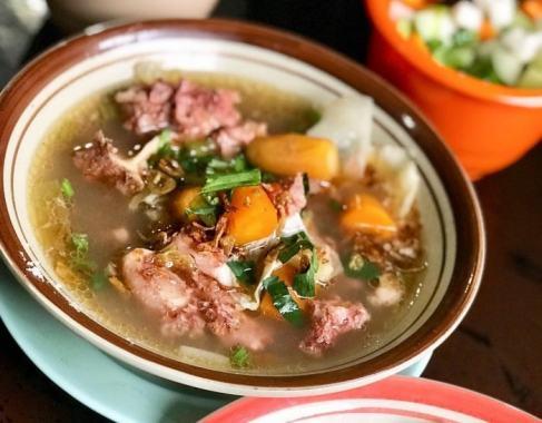 Popbela Punya Rekomendasi Kuliner Di Kota Hujan Nih - Sop Buntut Khas Bogor Ma' Emun