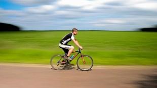 Menghilangkan Lemak di Perut dengan L-Men yang Diimbangi Olahraga Tepat - bersepeda