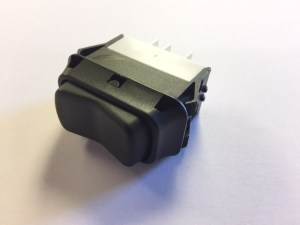 E-Z Pack Rocker Switch On/Off/On with Guard 2112430