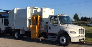 Side Loader Garbage Truck – 23CY G-S Products on Freightliner M2-106 Chassis