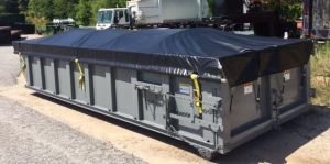 Low side roll-off open top container with special tarp system