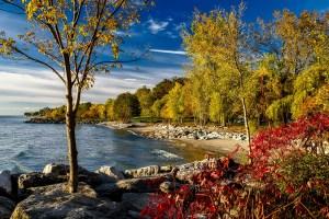 A photograph of Lake Ontario.