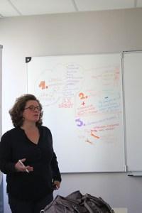 Vallette-d-Osia-Benedicte-Atelier-espace-de-debat-numerique#IDnumCEMEA