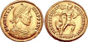 Figura 13) Giuliano II Augusto. 360-363 AD. AV Solidus (4.44 g, 12 h). Zecca di Costantinopoli. FL CL IVLIA-NVS PF AVG, capo barbato diademato con perle, busto corazzato e drappeggiato rivolto a destra / VIRTVS EXERCI-TVS ROMANORVM, soldato (Virtus?) stante a destra reggente uno scettro e schiacciante a terra un prigioniero sconfitto con l'altra mano. CONSP. RIC VIII 157; Depeyrot 8/1. (www.cngcoins.com)