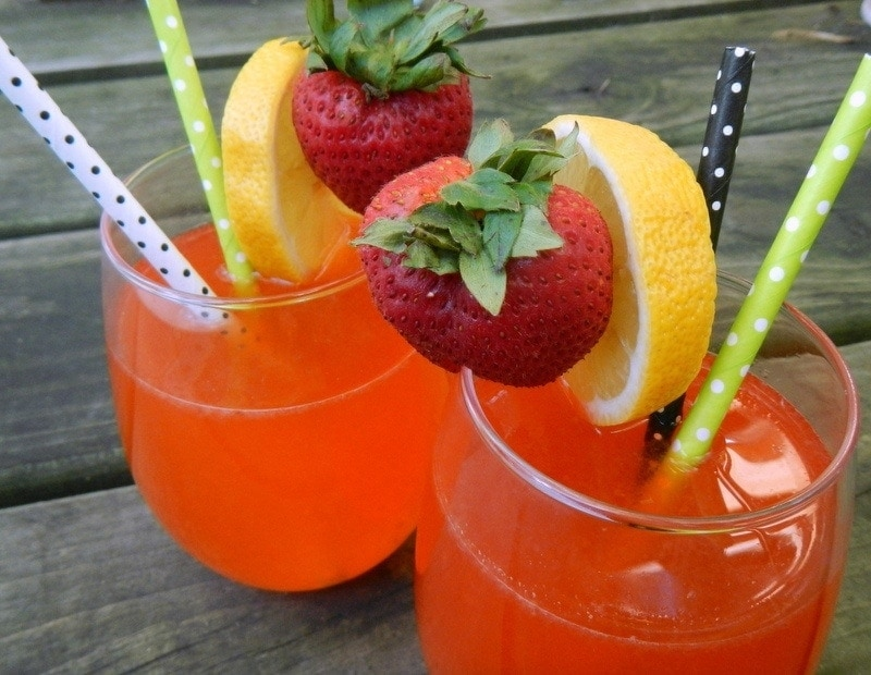Natural Strawberry Lemonade