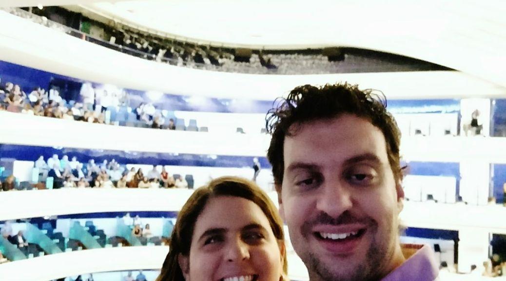 Laura y David en el teatro