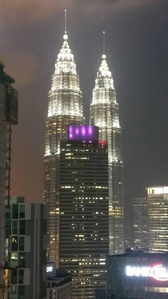 Torres Petronas al atardecer